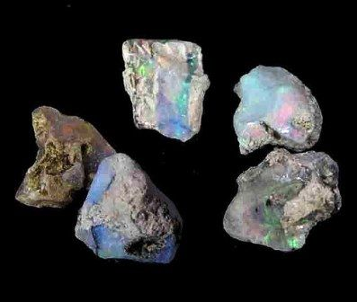Opal gemstone: meaning, properties, uses, power, jewelry, photo